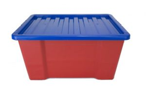 plastic containers in red and blue